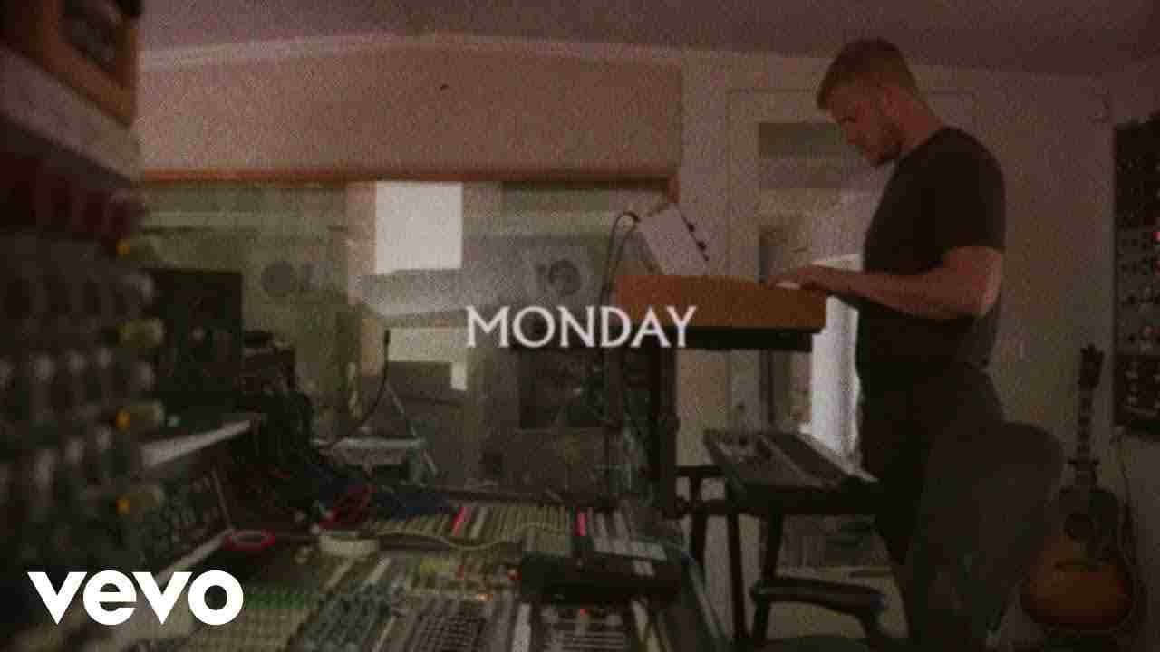 Monday Lyrics